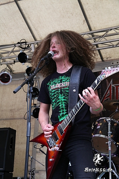 https://www.hotel666.de/gallery/2011/metal_splash_open_air/zIMG_0015.jpg